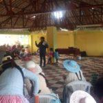 """Mujeres representantes de las comunidades del distrito de Pomata se fortalecieron sobre el """"suma qamaña"""" (Buen Vivir)"""